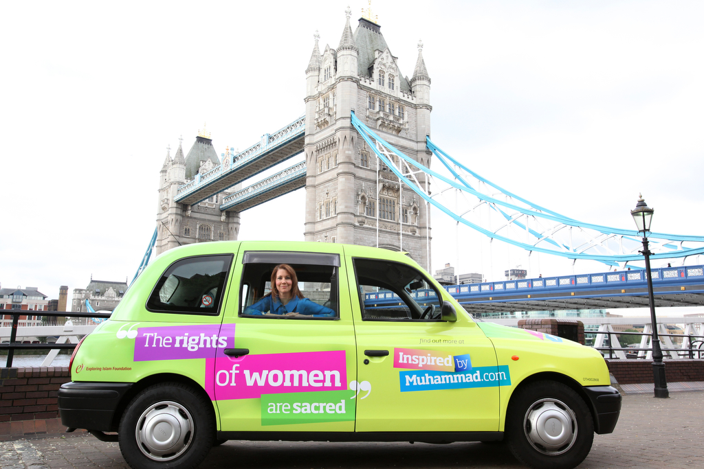 Kristiane Backer with London Taxi